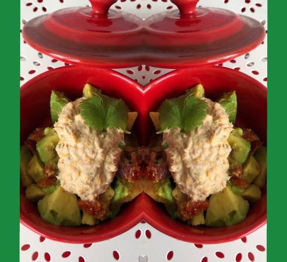 Tartar de aguacate y tomates secos con mousse de atún con Thermomix® desde Majadahonda en Madrid