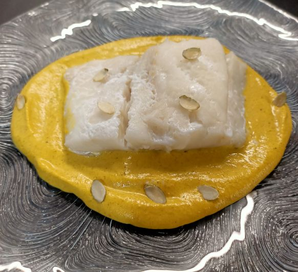 Bacalao con salsa de almendras en Thermomix®