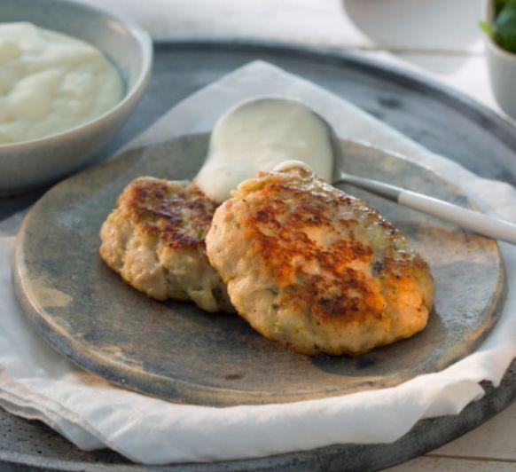 Hamburguesas de pollo con pure de patata Thermomix® boadilla del monte