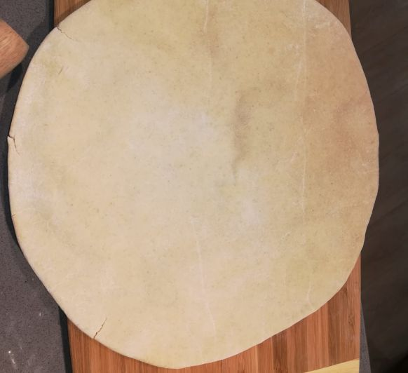 Pizza. Como hacer una masa redonda.