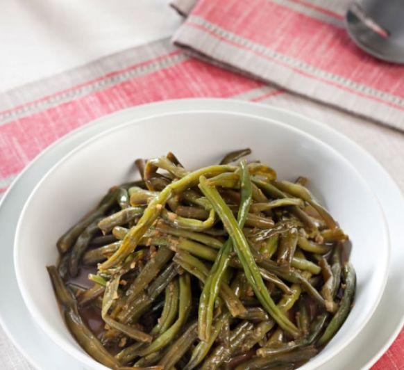 Judías verdes crujientes con salsa de ajos caramelizados desde Majadahonda Madrid